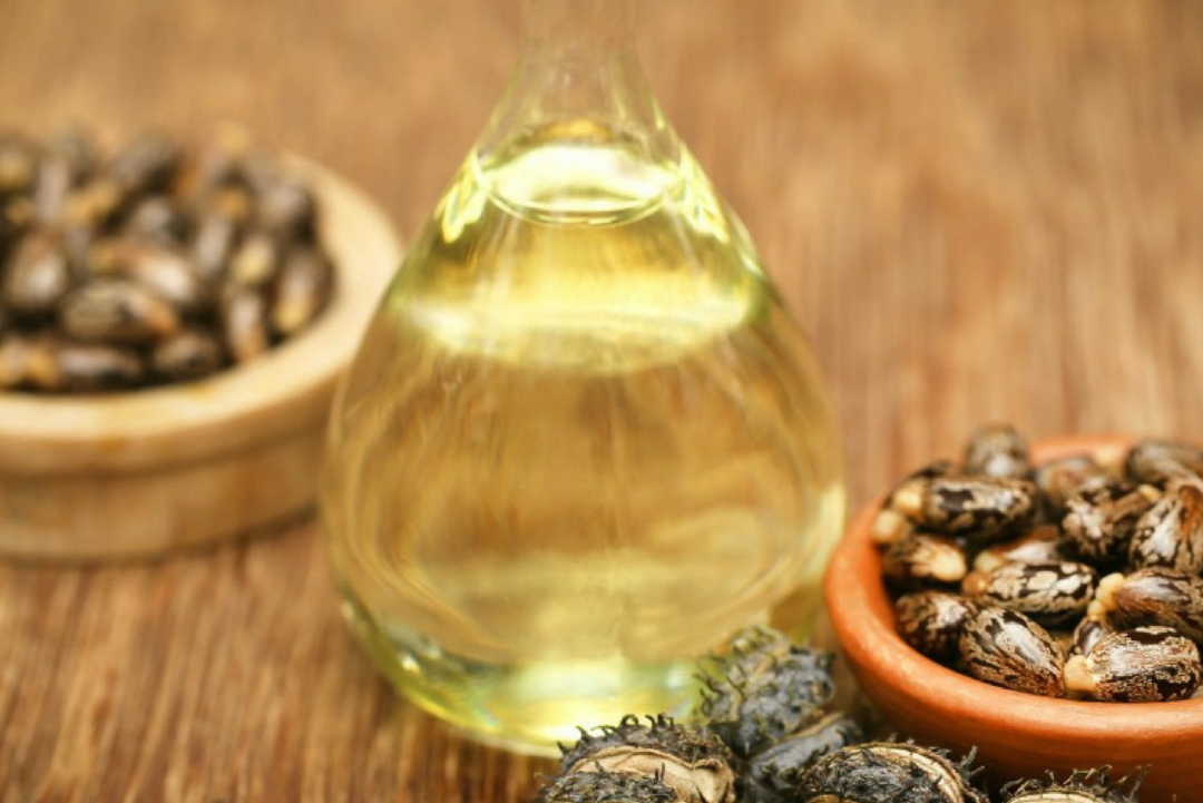 how to clean your skin with oil